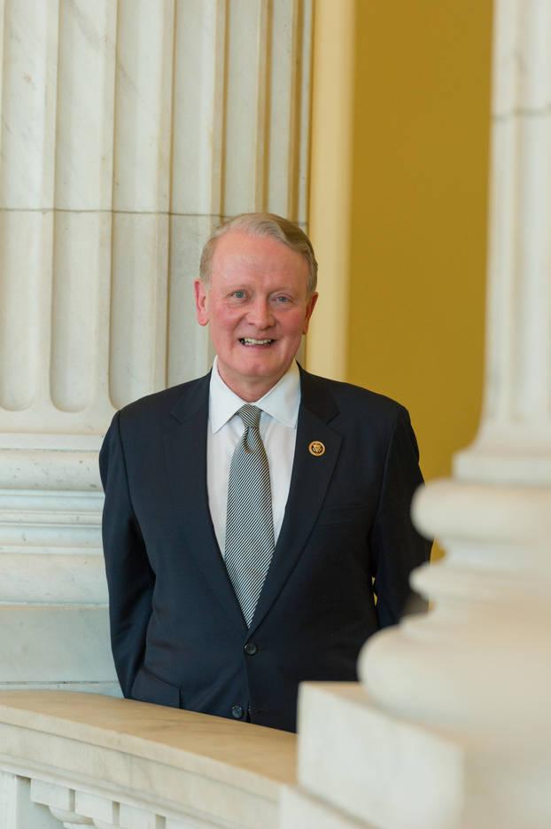 74b3c9d1a7ee207b8443_Congressman-Leonard-Lance_official-portrait-1.jpg