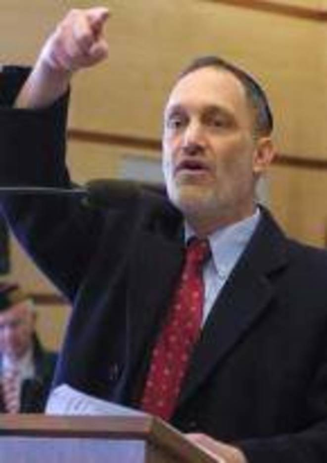 74bb2d52d965d7c0545d_Rabbi-Evan-Jaffe.jpg