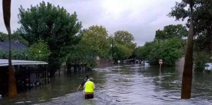 74d1bcdbf2bd94fdaed1_Outreach_-_Hurricane-Harvey-Flood_Photo_-_image-1.compendiumItemFull.jpg