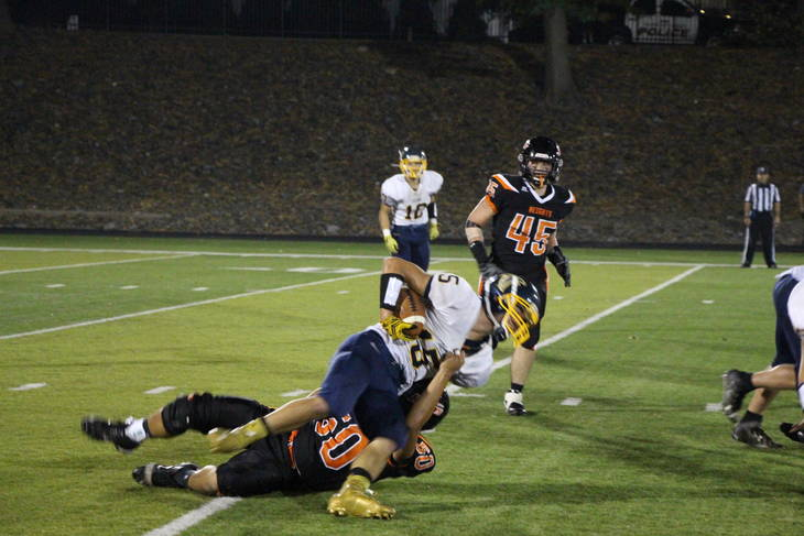 758ecb63af7c04cd46ea_EDIT_50_tackle.jpg