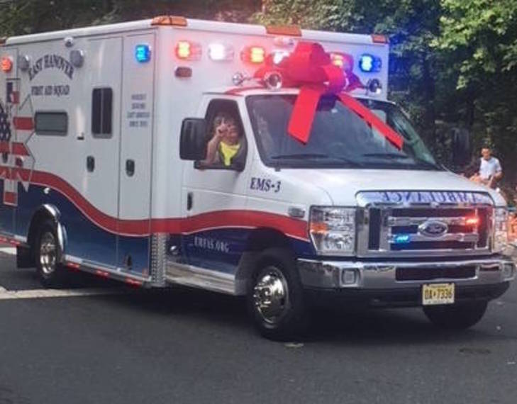 786f86cd838280862571_FP4th_new_EH_ambulance.JPG