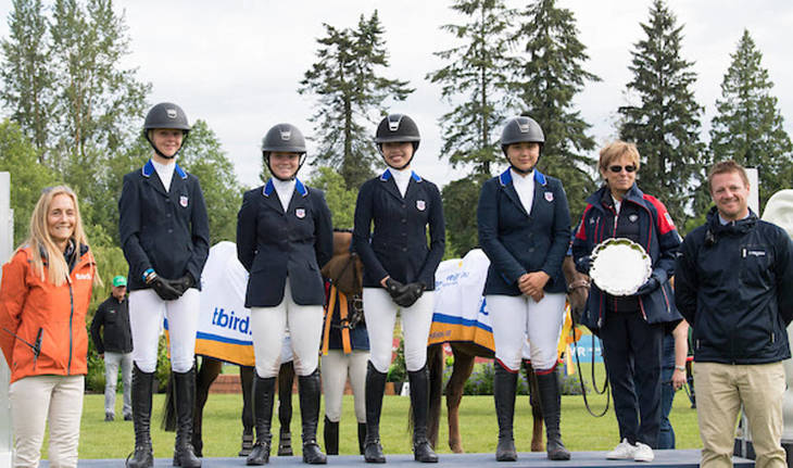 7abee0785731c2747623_childrens_show_jumping_team.JPG