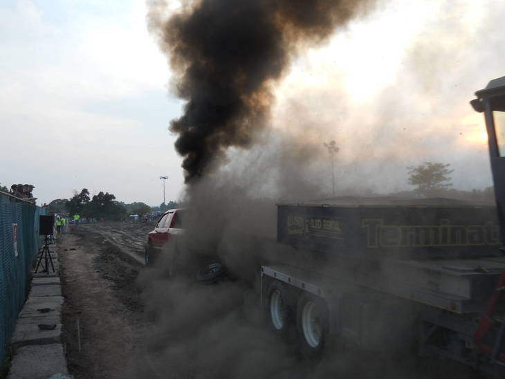 7b25033e354a5444bdaf_truck_much_smoke_Fair_2013.jpg