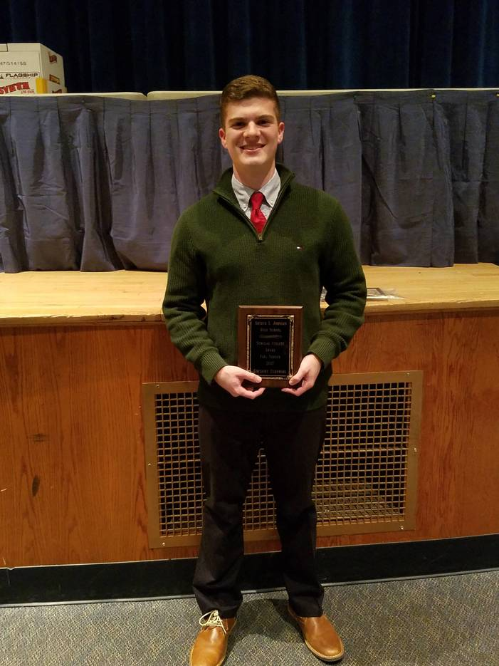 80a5b704cdc92cbb3303_Fall_Student_Athlete_Award_Greg_Zukowski__2017_.jpg