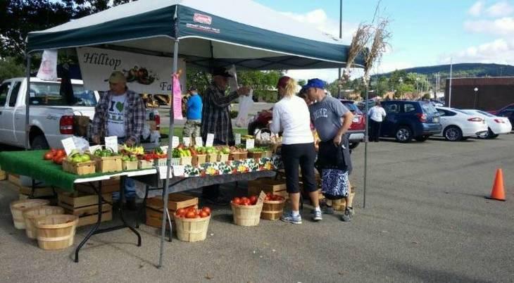 8350d1f2015dbf27130b_farmers_market.jpg