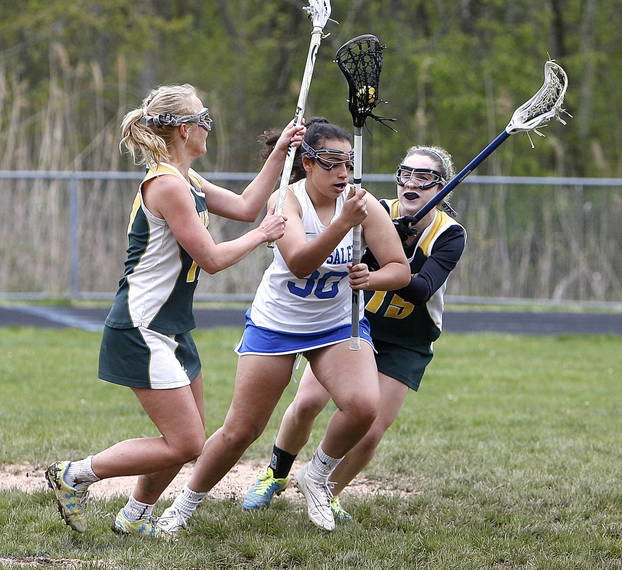 8507a307a8a66463100b_NS_girls_lax_vs_Hast_Ashley_Farraj.jpg