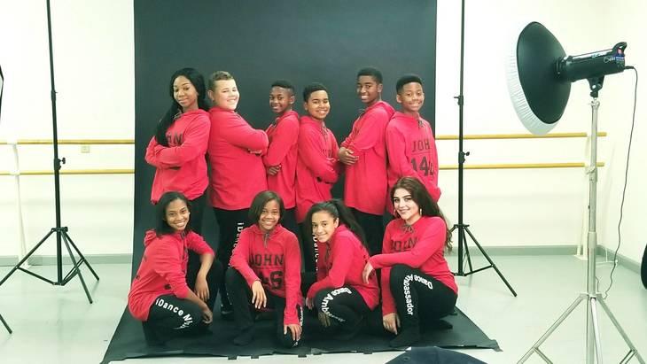 8fecd1f7e28cd433feca_Dance_Ambassadors_of_iDance_Ministry_-_2017.jpg