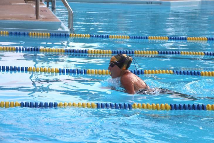 91b07d7caf982a7db612_EDIT_Emilia_Coleman_breaststroke_vs_NM.jpg