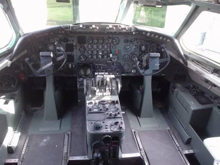 925408abc850139025f8_Convair_880_AHOF_Teterboro_Shea_Oakley.jpg