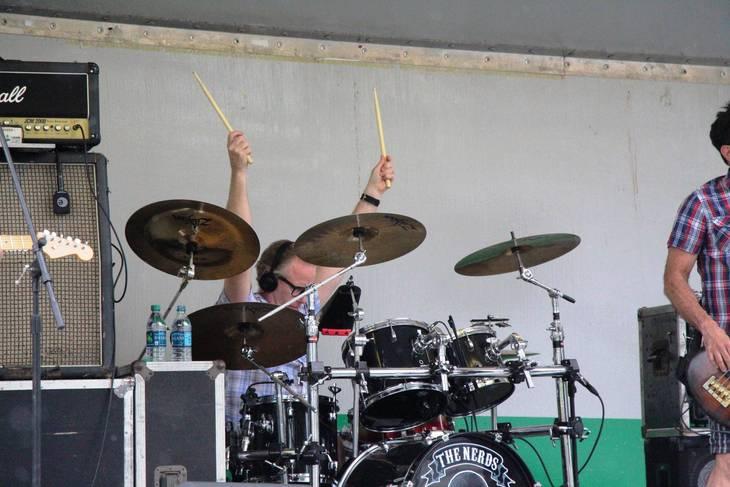 96c158f522dca2559ea4_EDIT_Nerds_drummer.jpg