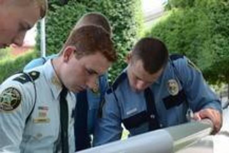 9a90810f96e81b99b6d1_b927d3dbf4034c7599cc_Police_Explorers.jpg__2_.jpg