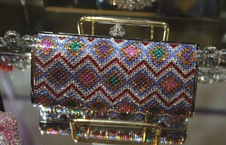9b37fec542f94737fb6f_Bianca_Jewelers_f.JPG