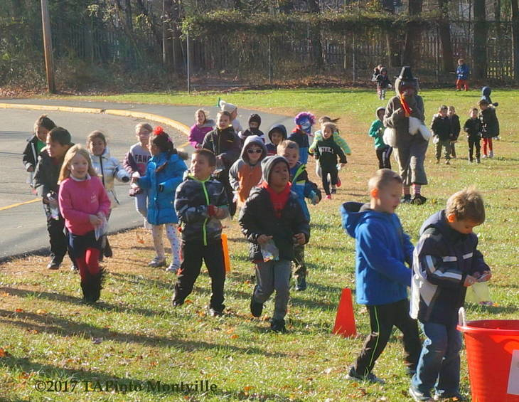 9e9a504faf35833ff449_a_The_Mason_Elementary_kindergarteners_and_first_graders_participate_in_the_Turkey_Trot__2017_TAPinto_Montville.JPG