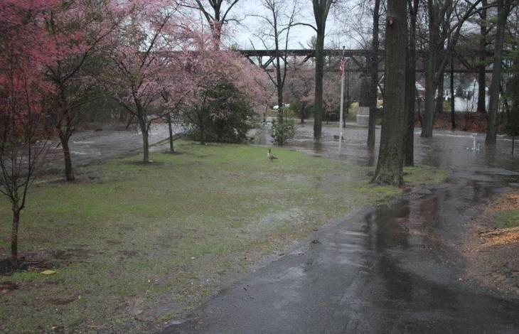 a070113647ee7161dbb9_April_16_2018_Flood_k.JPG