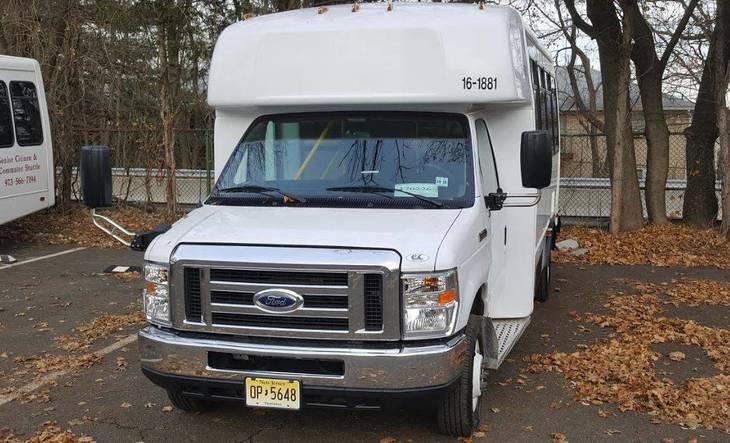 a134880ffd55a7426306_Parks_and_Rec_Bus_b.JPG