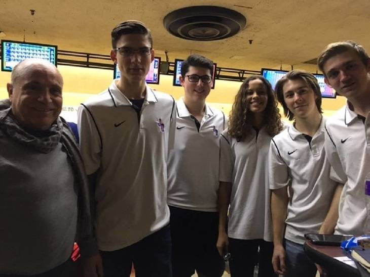 a444da945fae5d6a197c_Coach_and_some_of_the_Bowling_Team.jpg