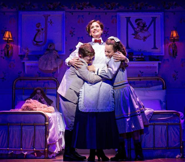 a64537e000aa04982e9c_Mary_Poppins_Paper_Mill_Photo_9.jpg