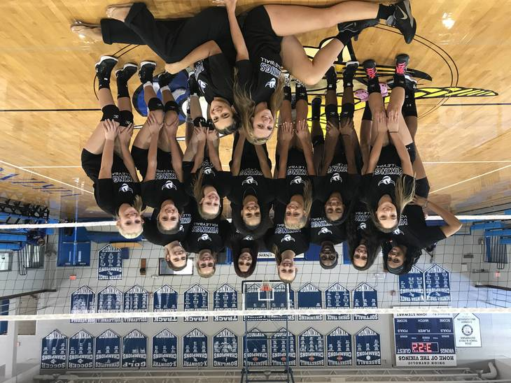 a7cc26f3f20f3960c980_UC_girls_volleyball_team.JPG