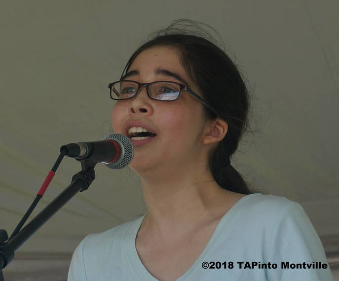 b0b02a900a2980dd5539_a_Jackie_Moldawsky_sings_the_National_Anthem__2018_TAPinto_Montville.JPG