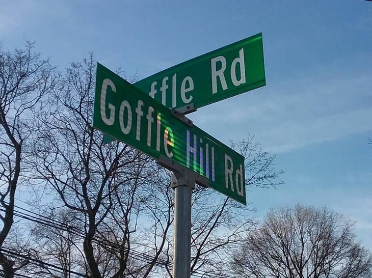 b1a1c3b92714f4201504_Corner_of_Goffle_Hill_Road_and_Goffle_Road.jpg