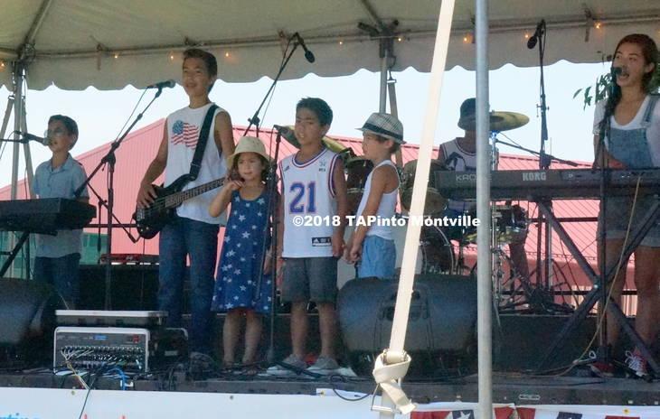 b36b7e0e12a7fc5f597b_a_The_Olohan_family_band_O7_sings__2018_TAPinto_Montville.JPG