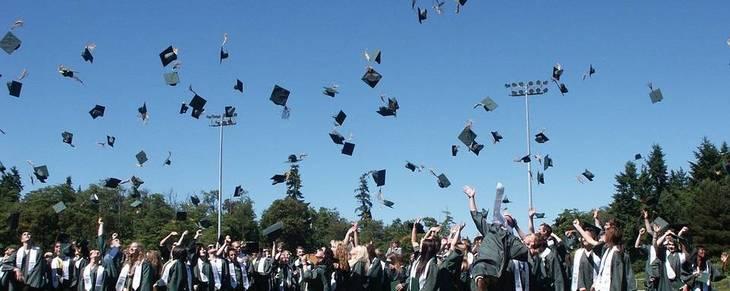 b6d94976635cf6293fc0_graduation.jpg