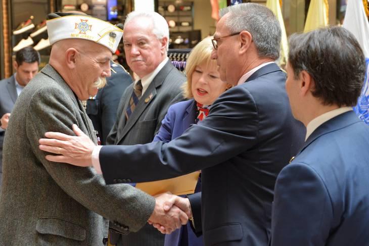 b7b8a0df2493848a798e_Rios_at_NJ_Medal_Ceremony_E.jpg