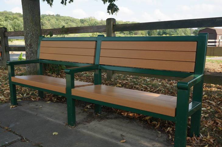 b81bfcd5ea2e8a13d9c6_a_Clean_Communities_bench.JPG