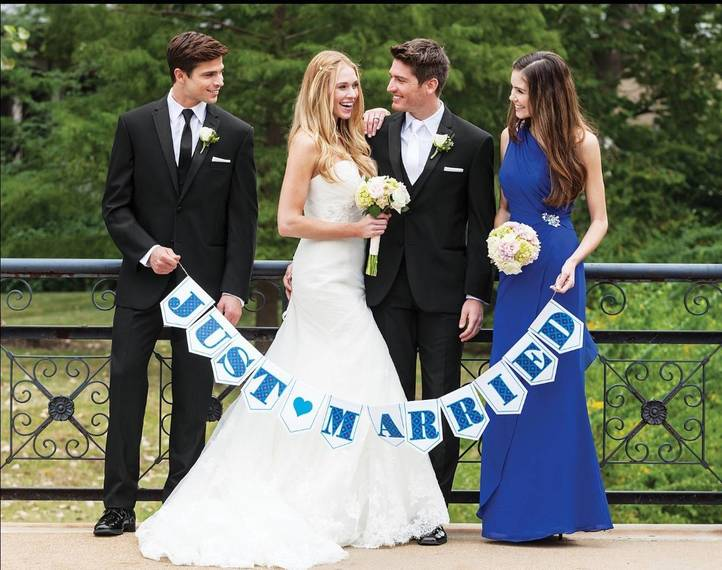 ba76076e1feb1d00115a_Wedding_mailer_.jpg