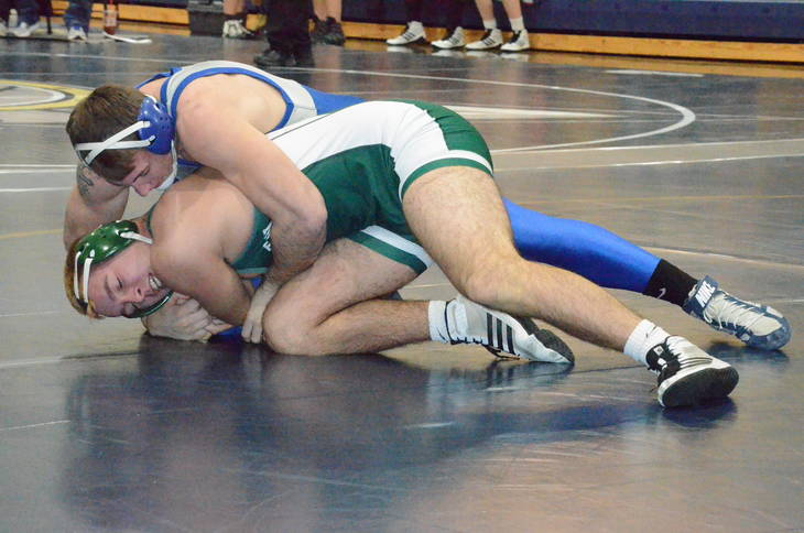c0801cd1bf508edf4fb4_livingstonwrestle1.JPG