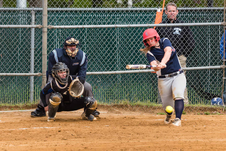 c0d035f28f56a8ff3acb_Katie_Debbie_grounds_a_single_to_left_and_an_rbi_-_vs_Cranford_05.07.2017__265_of_745_.jpg