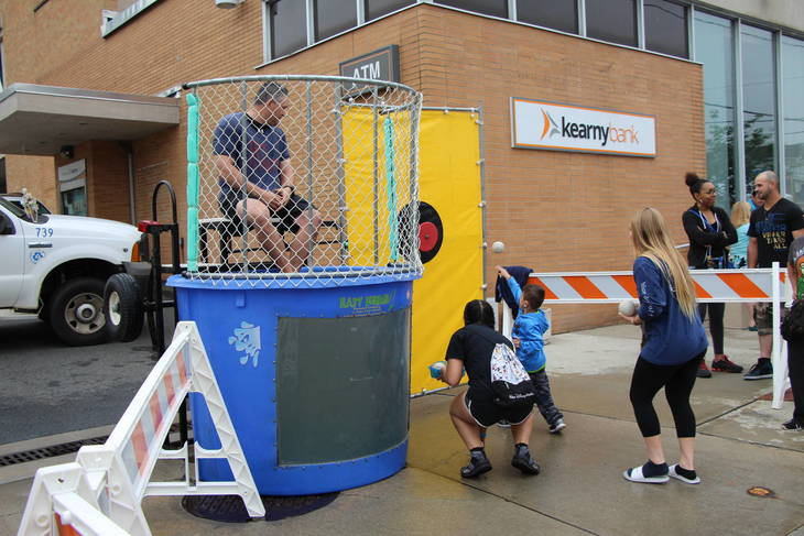 c169e0670bad9ba10bde_EDIT_boy_throw_ball_dunk_tank.jpg