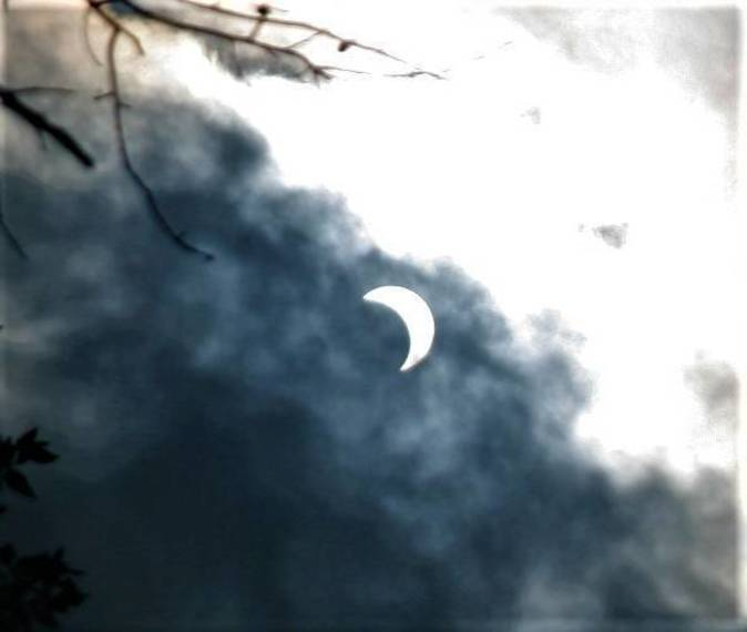 T&T gets ready for partial solar eclipse