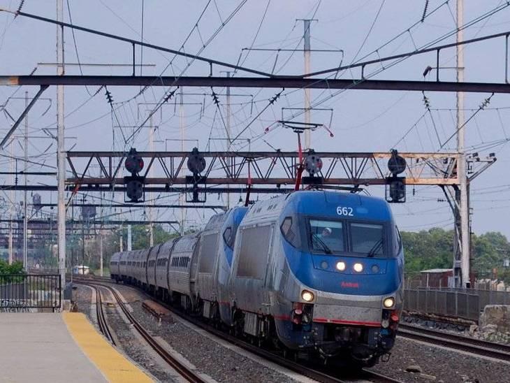 c3b5fd4ebdfdcfb6b9de_Amtrak_Train_161.jpg