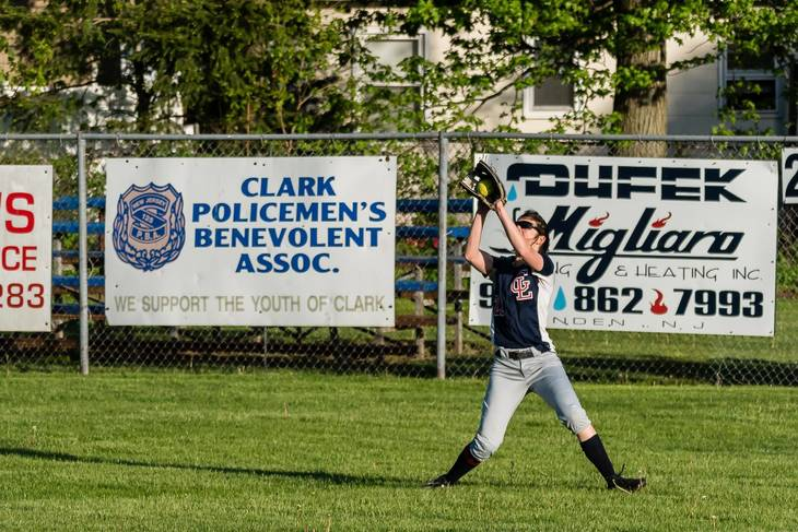 c8cc39f2cc711560e912_Jamie_Belfer_makes_the_catch_for_the_final_out_-_GL_vs_ALJ_05.02.2017__1_.jpg