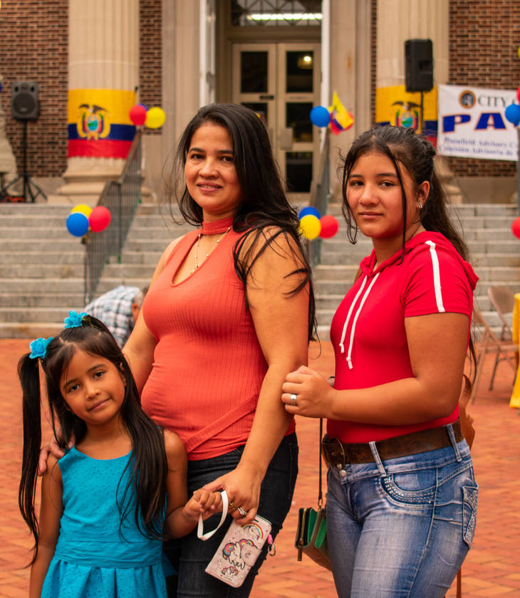 ca1773371787ce88b035_EcuadorianFlagRaise-16.jpg