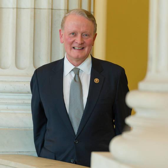 cd14d1f53f8107adad03_3e70467dc885ce4974ba_Congressman-Leonard-Lance_official-portrait.jpg