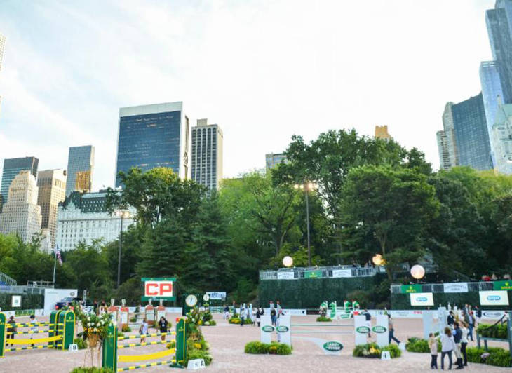 cd2573a0810216bc922f_central_park_horse_show.JPG