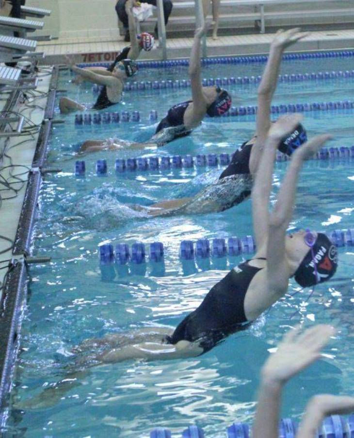 d0f0916fa28708d7f2ec_swimteam_1.JPG