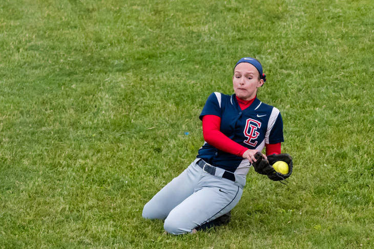 d4e9112a535cbbb59890_Christine_Pacheco_makes_a_sliding_catch_in_the_sixth_-_UC_tourney_championship_game_2017__512_of_659_.jpg