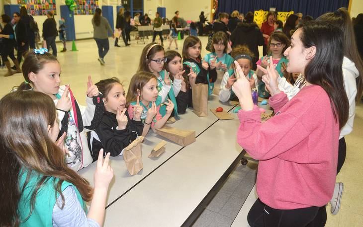 d96a8ee3564846be7c6f_Girl_Scouts_birthday4.jpg