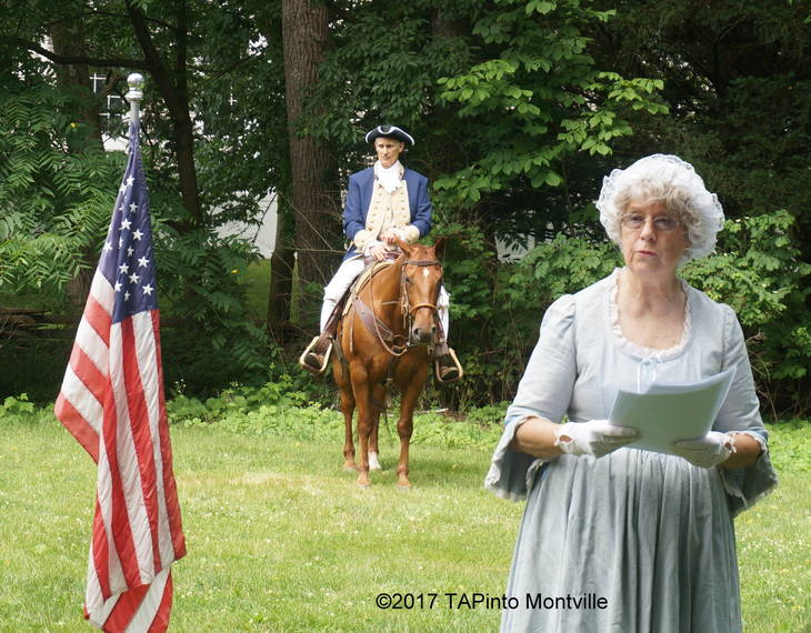 dc09400ec3346eabf5e4_a_Geri_Van_Dyke_speaks_on_the_role_of_women_in_the_Revolutionary_War.JPG