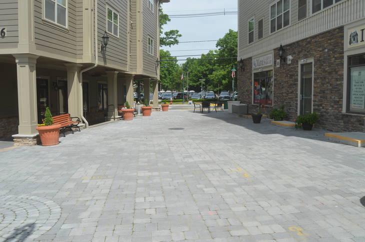 ddf49397bfa9cce83153_Pedestrian_plaza.JPG