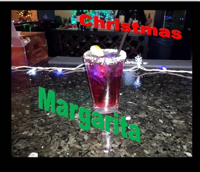 de7f6dba1b0100209541_Christmas_Rita.jpg