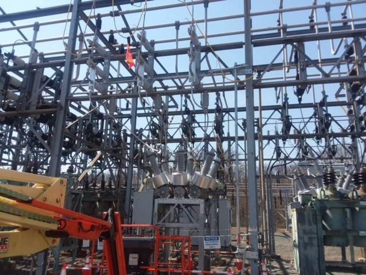 df7f991b365e686a0651_Traynor_Substation_Breaker.jpg