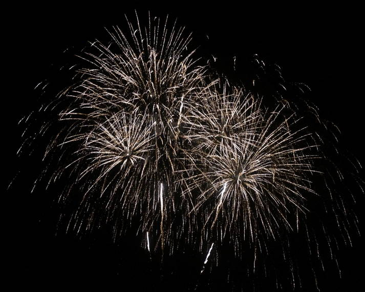 e26deffc0bf9190d09ca_a_Fireworks_in_Montville_3.JPG
