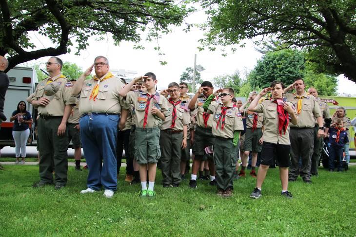 e392c78439539f99df99_EDIT_scouts_salute.jpg