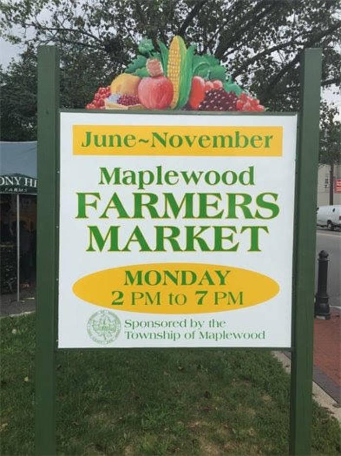 e3c161a50919e04deb71_Maplewood_Farmers_Market_Labor_Day.jpg