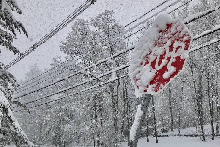 Hundreds of thousands in New Jersey without power following storm