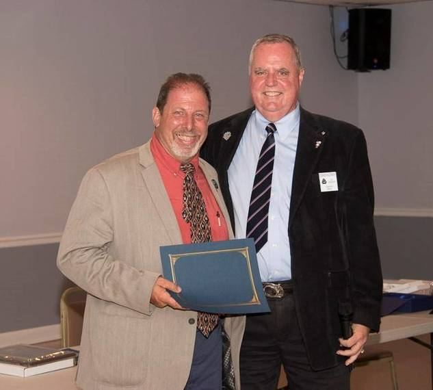 e8715e414006b278bd6a_Special_Award_for_Service_to_Council_4504-Mike_Peter-PGK.jpg